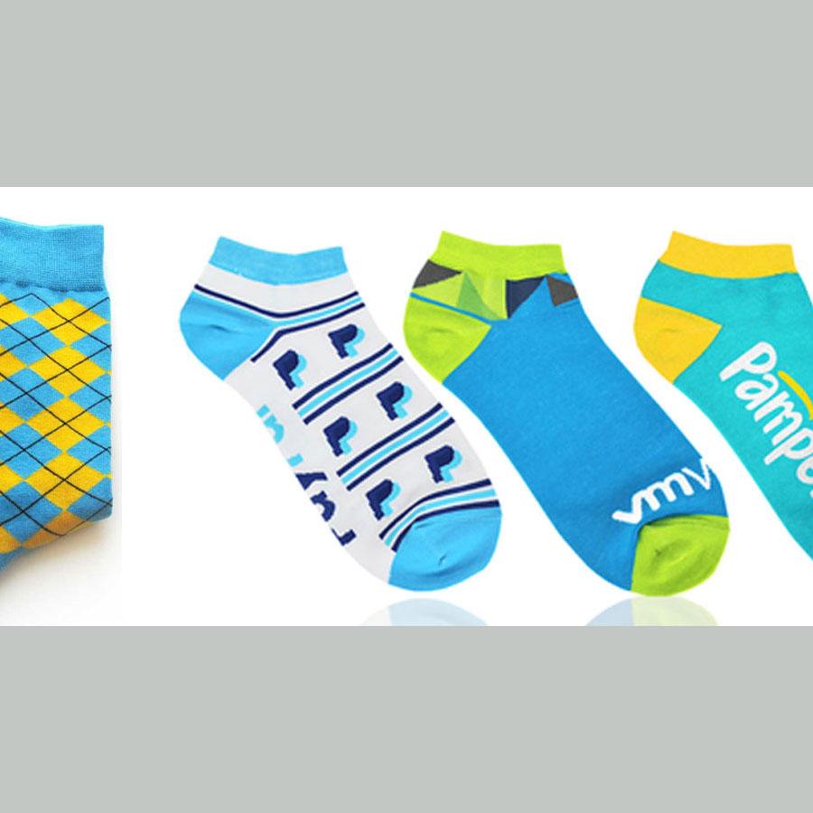 Custom made sokken met logo