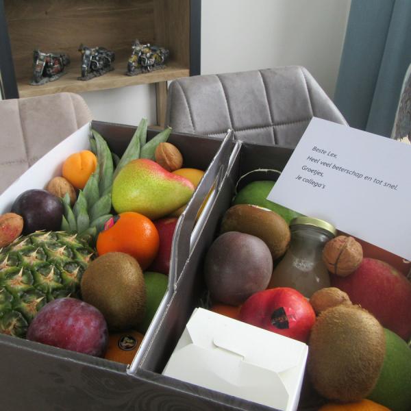 Fruitmand relatiegeschenk beterschap